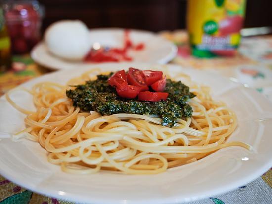 Spaghetti al pesto (dell'orto)