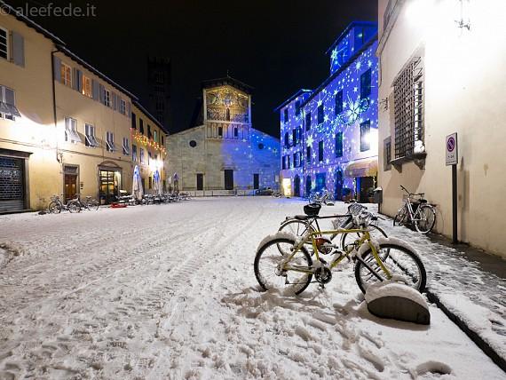 Lucca: la grande nevicata del 17 dicembre 2010