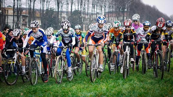 Spettacolo ciclocross ai piedi delle Mura di Lucca