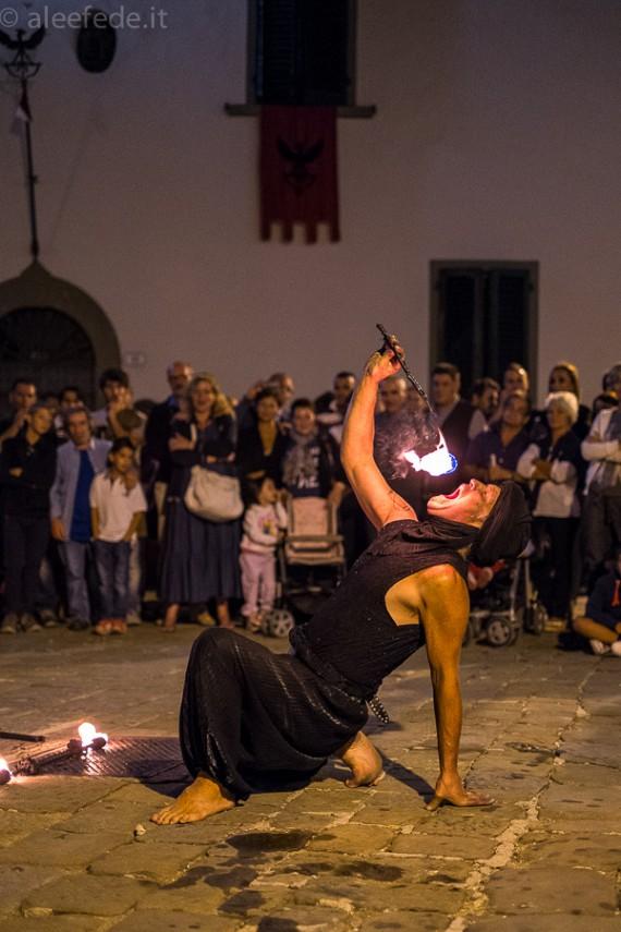 Montevettolini medievale e gli artisti di strada