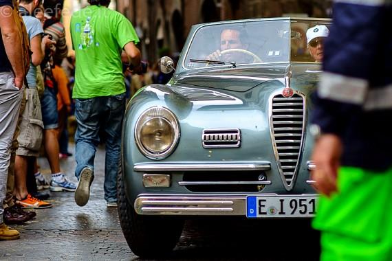 La 1000 Miglia passa da Lucca
