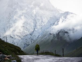 ville des glaciers road tmb