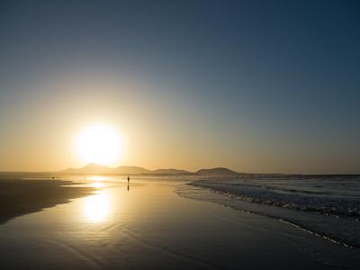 famara playa spiaggia lanzarote