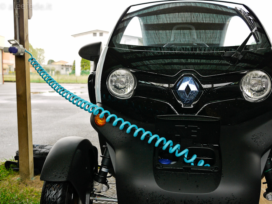 renault twizy ricarica