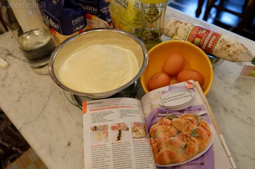 ingredienti corona treccia di semola